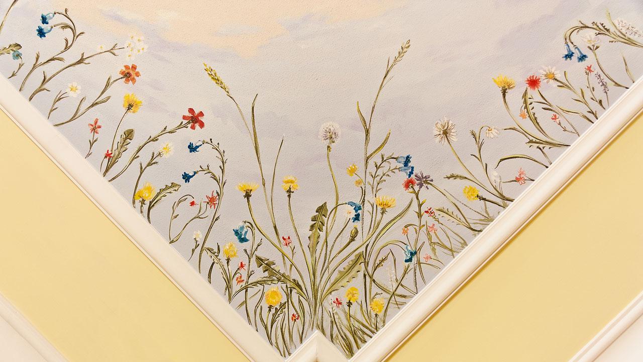 spálňa Flóra – detail stropu
